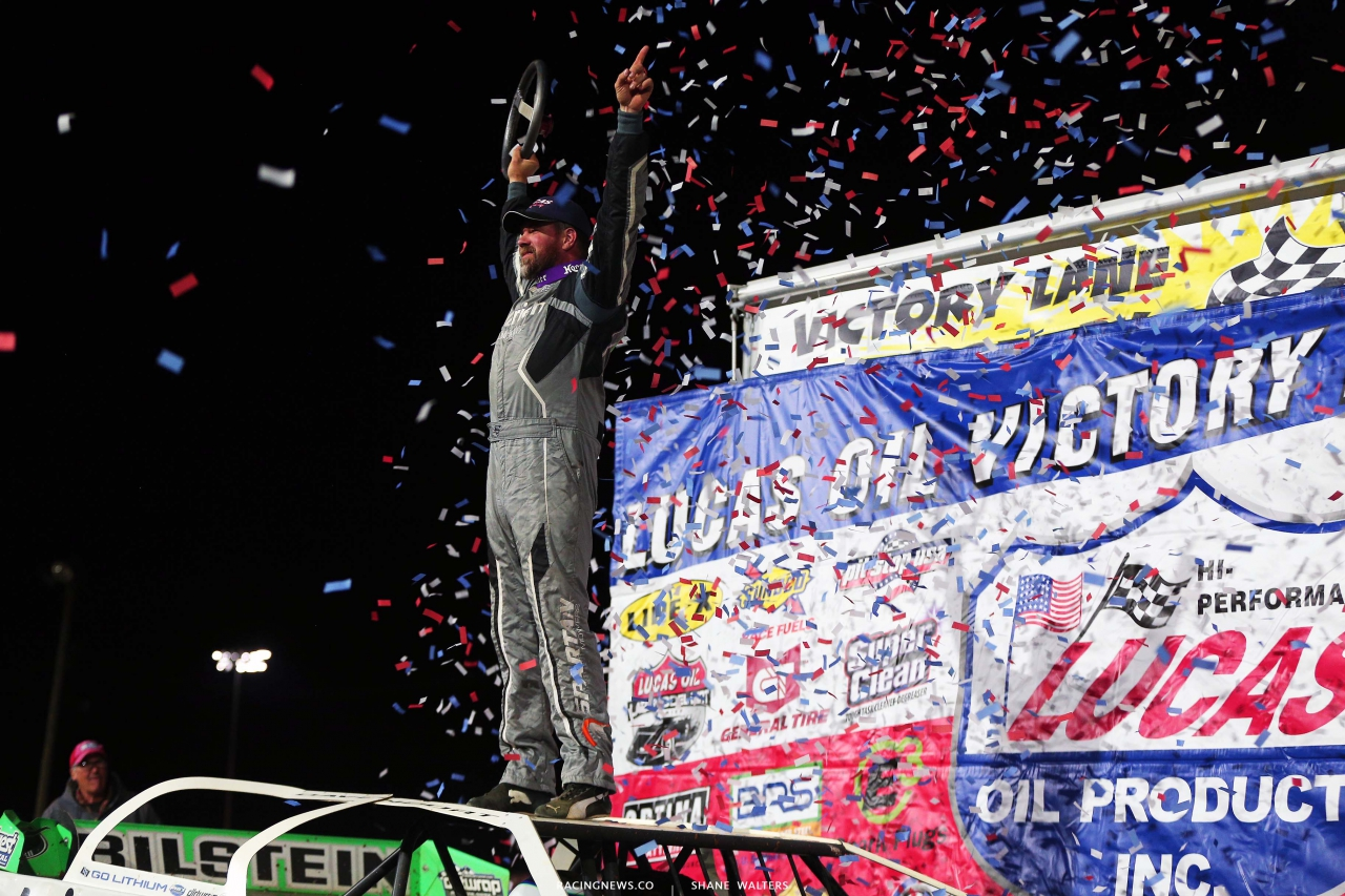 Jonathan Davenport in victory lane at Port Royal Speedway - Lucas Oil Late Model Dirt Series 5060