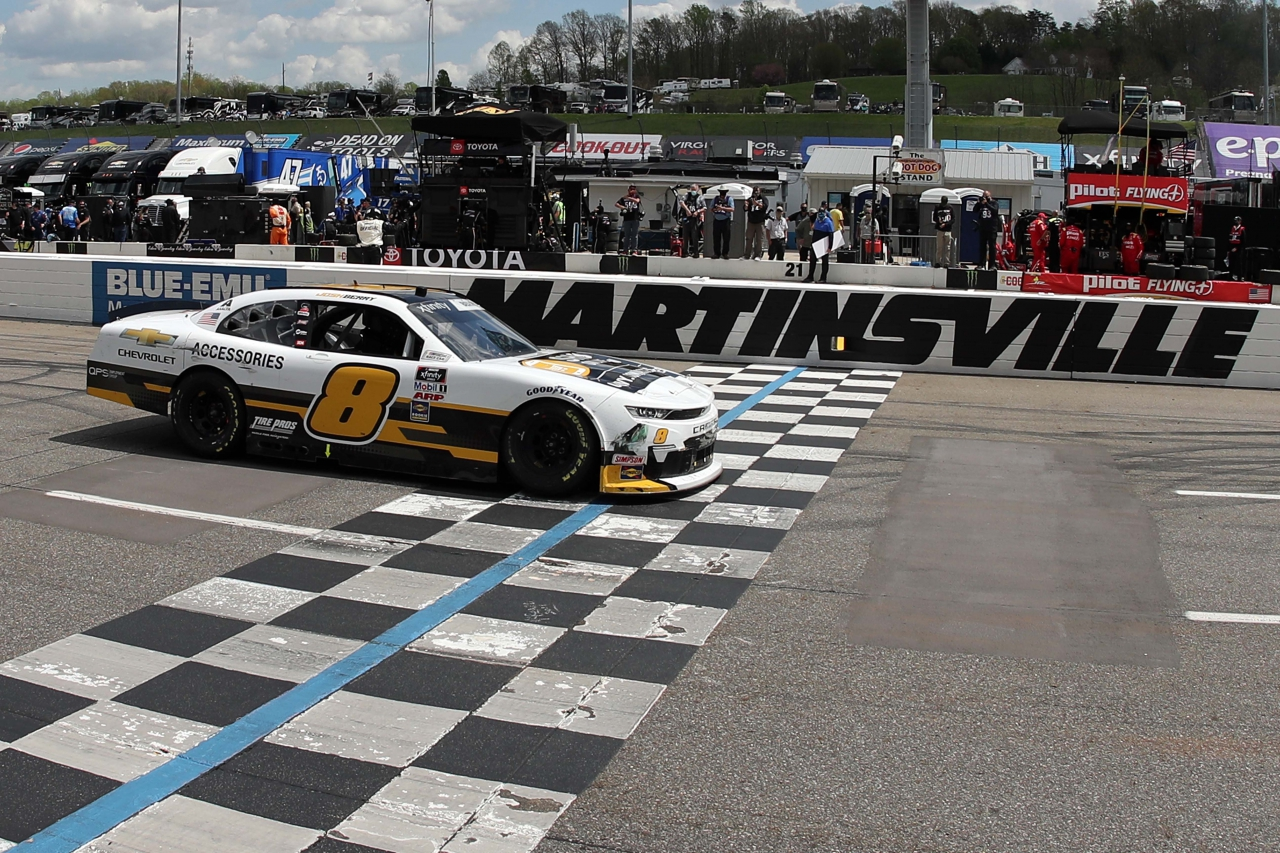 Josh Berry wins at Martinsville Speedway - NASCAR Xfinity Series