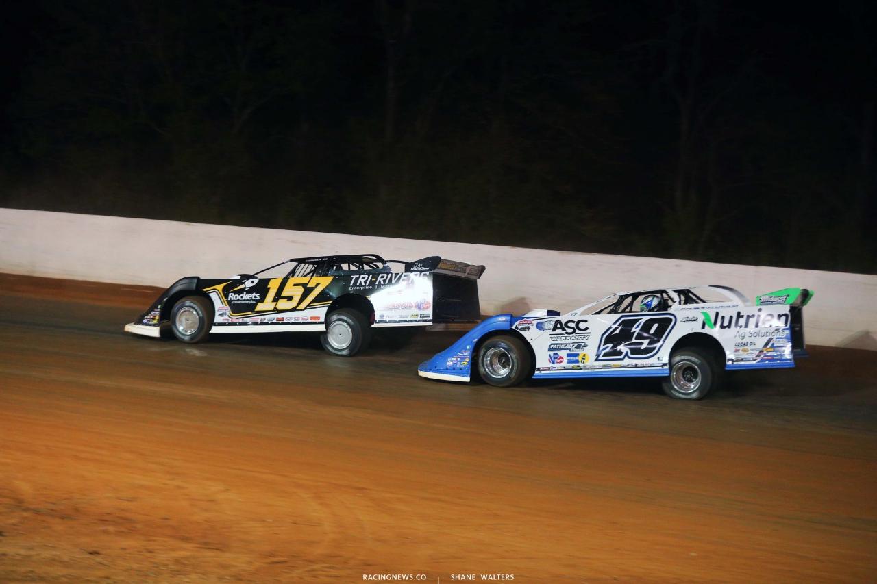 Mike Marlar and Jonathan Davenport at Ponderosa Speedway - Lucas Oil Late Model Dirt Series 5185