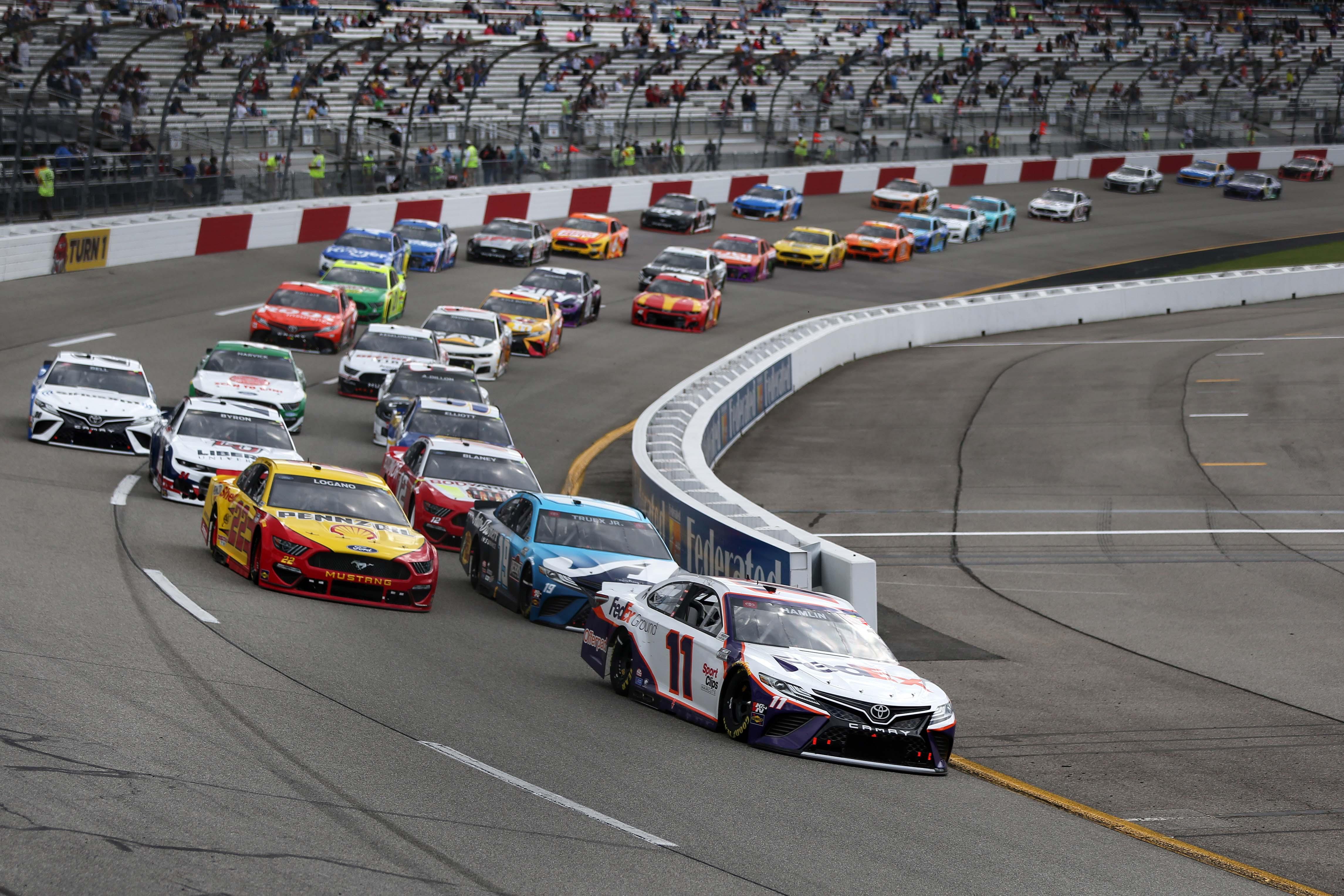 NASCAR Cup Series - Richmond Raceway - Denny Hamlin, Joey Logano, Martin Truex Jr