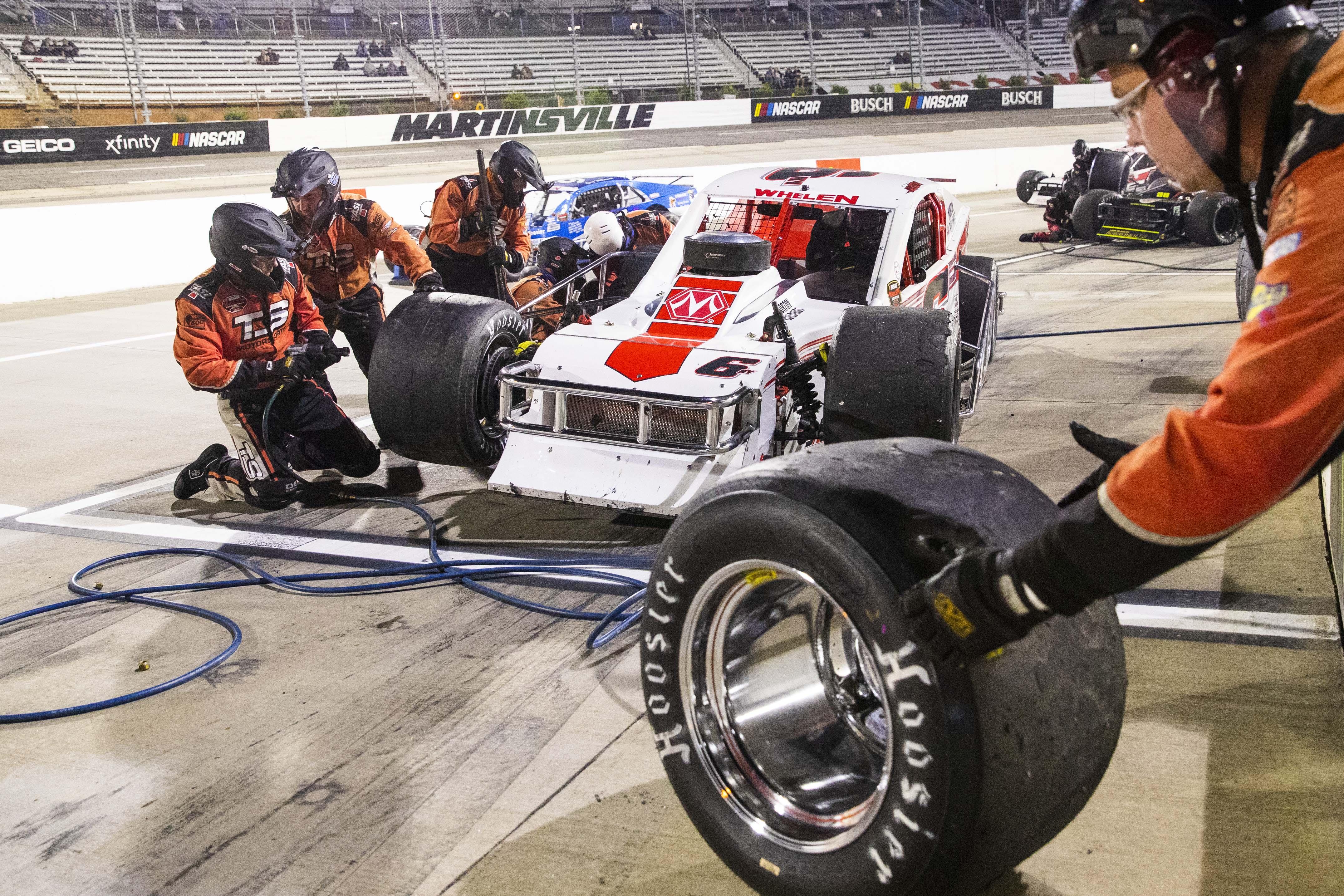 Ryan Preece - Pit Stop - NASCAR Whelen Modified Tour