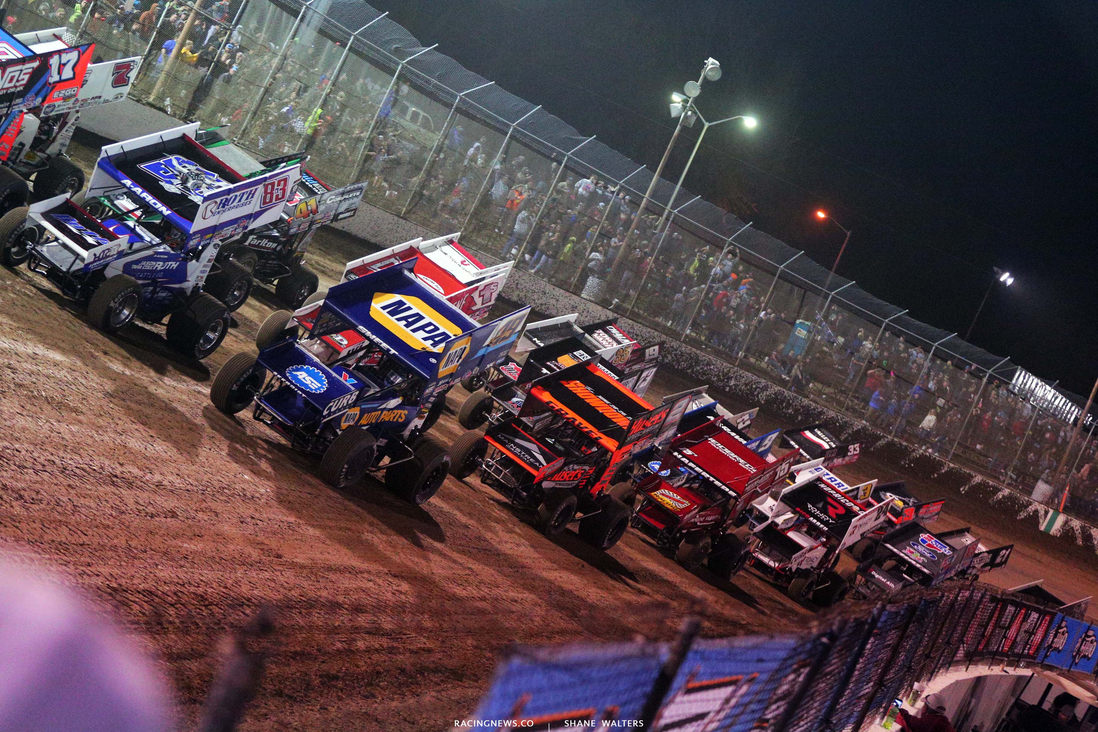 World of Outlaws - 4 Wide Salute - I-55 Raceway 3352