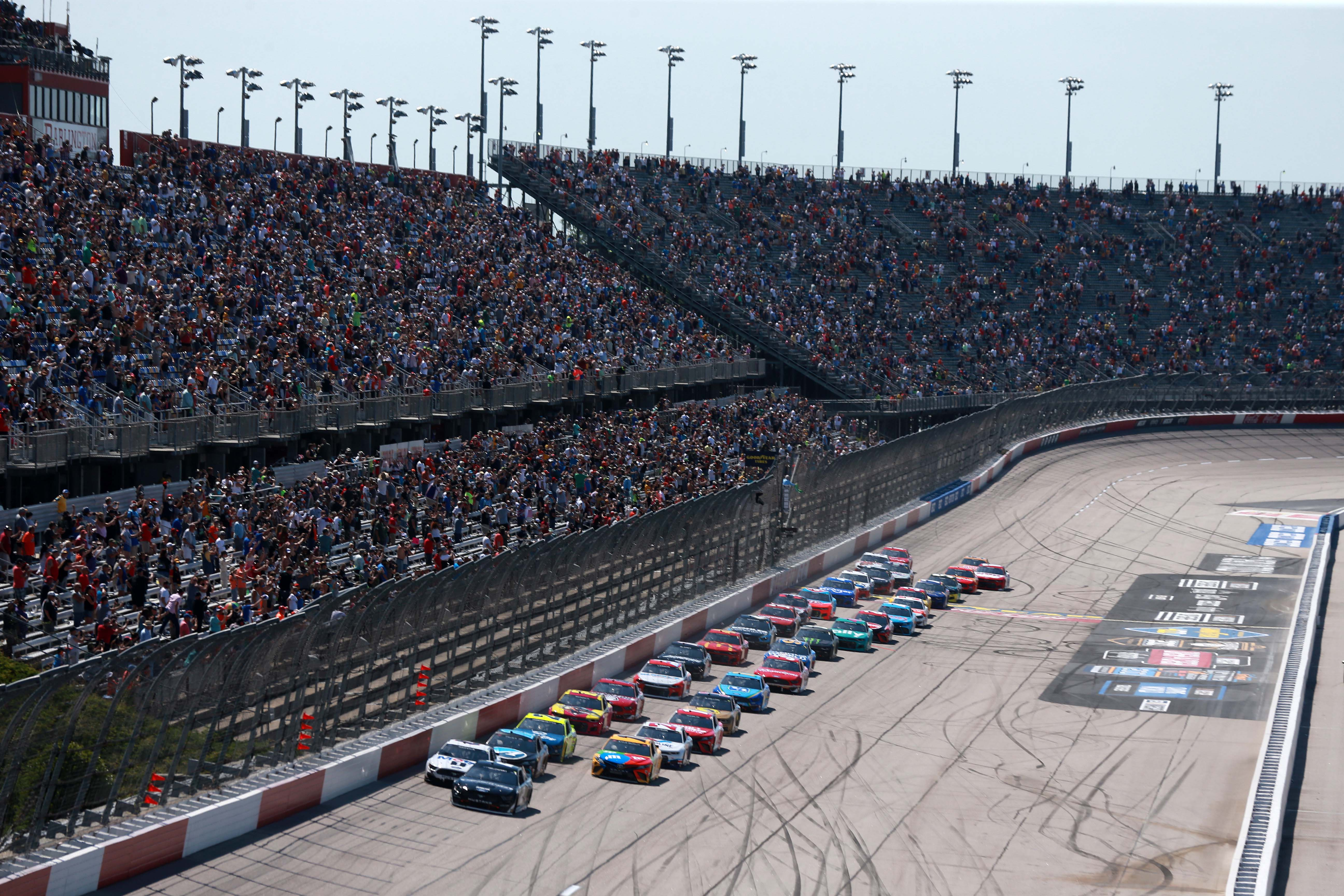 Darlington Raceway - NASCAR Cup Series 2
