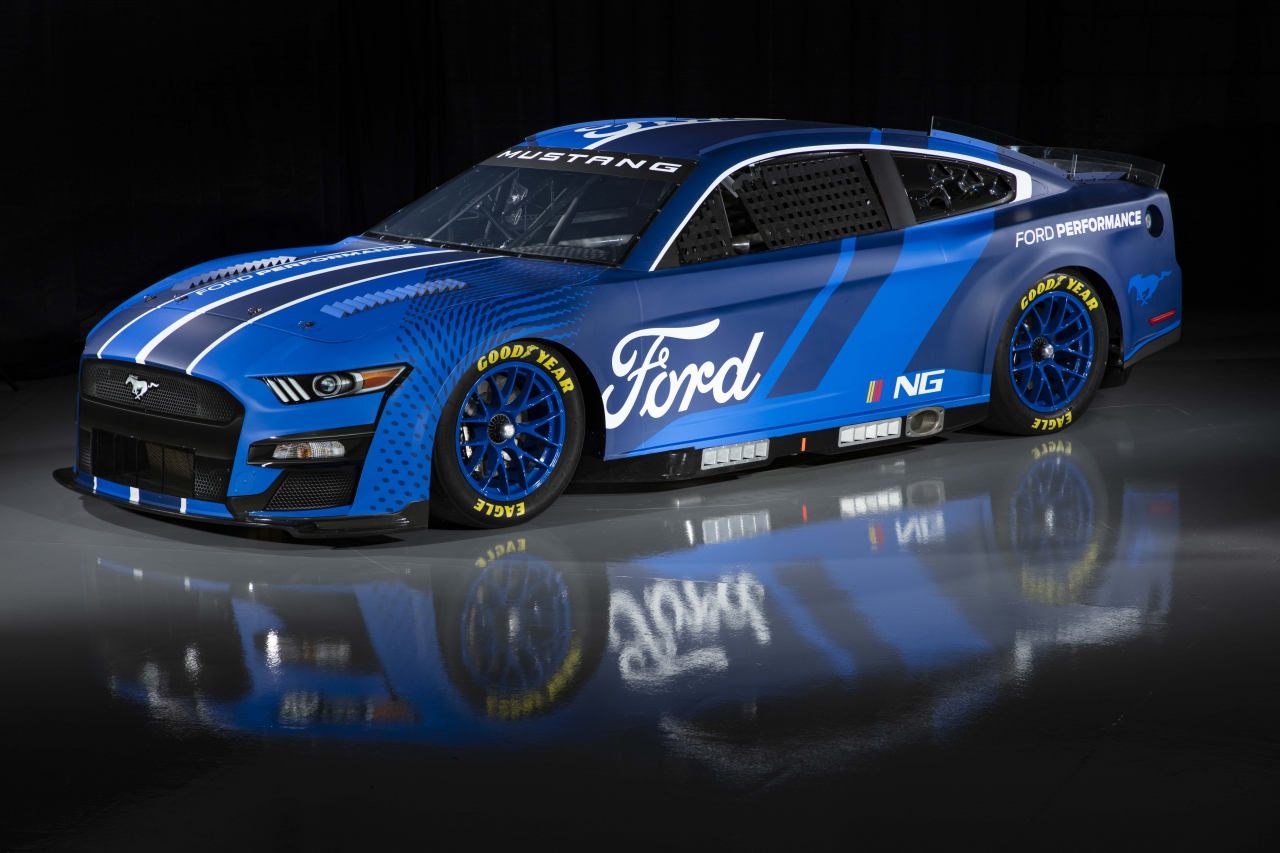 2022 Ford Mustang - 2022 Next Gen Car - Photos