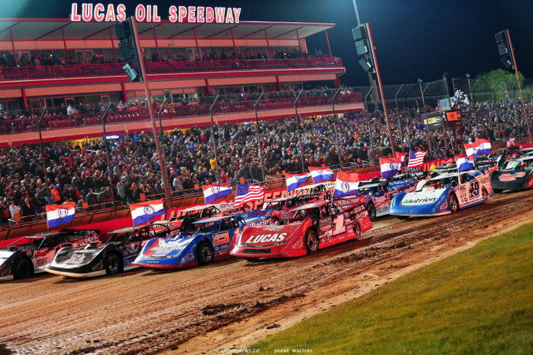 Four wide salute at Lucas Oil Speedway - Dirt Late Models 6192