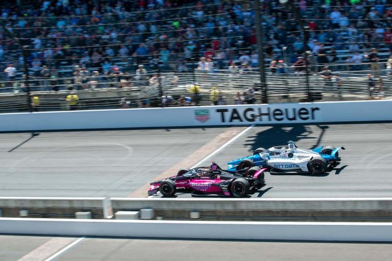 Helio Castroneves, Alex Palou - Indianapolis Motor Speedway - Indy 500