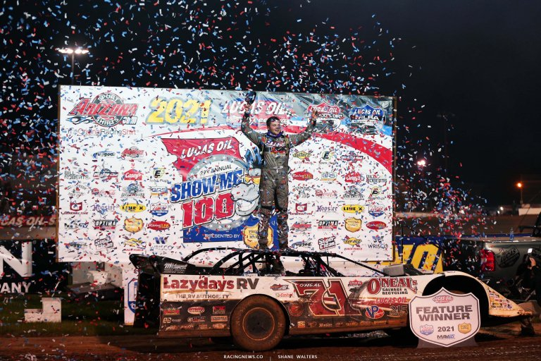 Hudson O'Neal in victory lane at Lucas Oil Speedway - Show Me 100 - Lucas Oil Series 6482