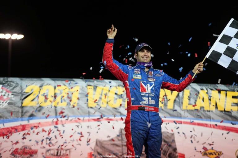 Josh Richards in victory lane at Lucas Oil Speedway - Dirt Racing 6090