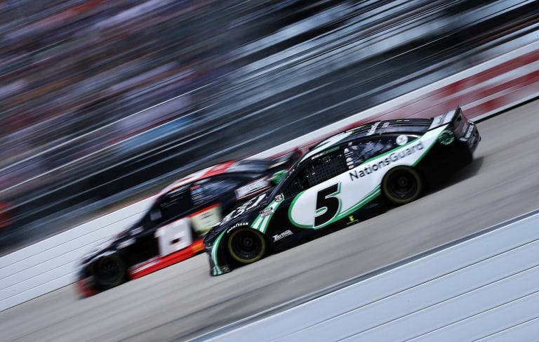 Kyle Larson, Martin Truex Jr - Dover International Speedway - NASCAR Cup Series