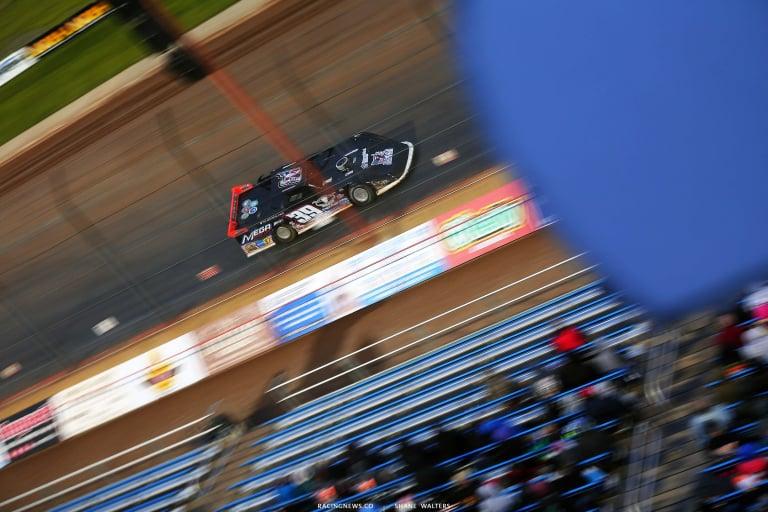 Tim McCreadie at Lucas Oil Speedway - Motion Blur - 39 Dirt Late Model 5808