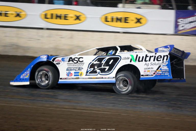 Jonathan Davenport at Magnolia Motor Speedway - Dirt Late Model Racing 6746