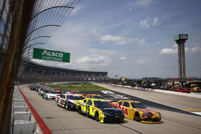 Kyle Busch, Brandon Jones - Texas Motor Speedway - NASCAR Xfinity Series