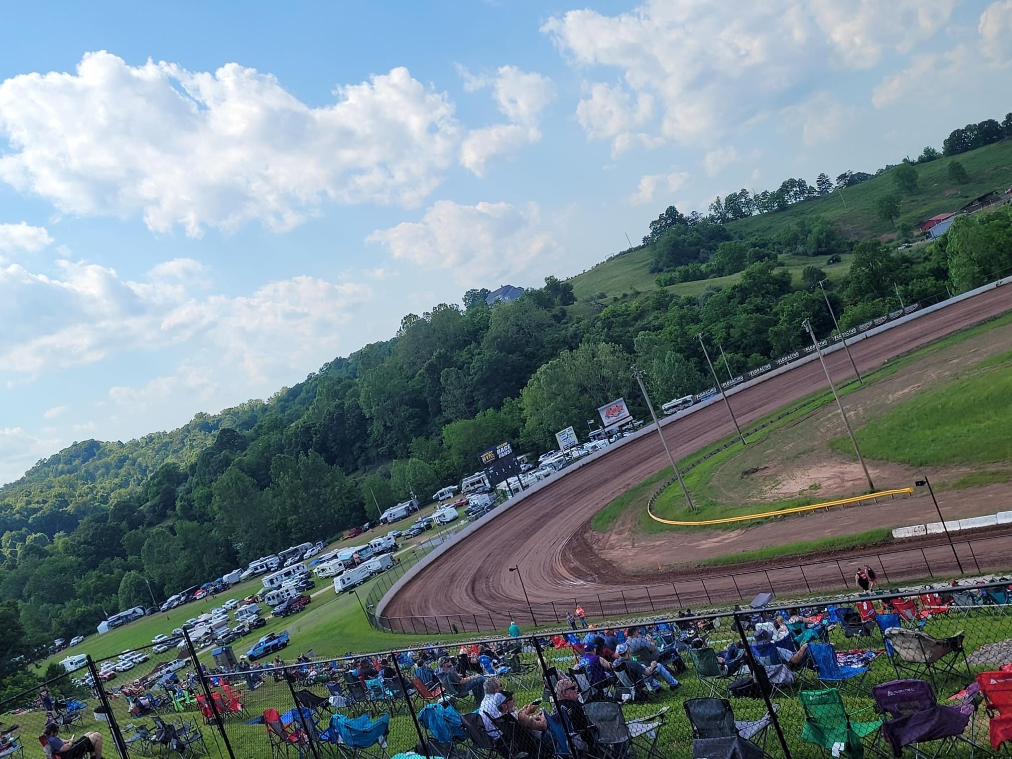 WVMS Dirt Track - West Virginia Motor Speedway