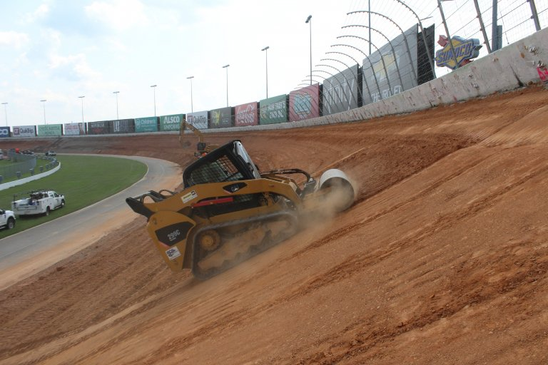 Atlanta Motor Speedway banking