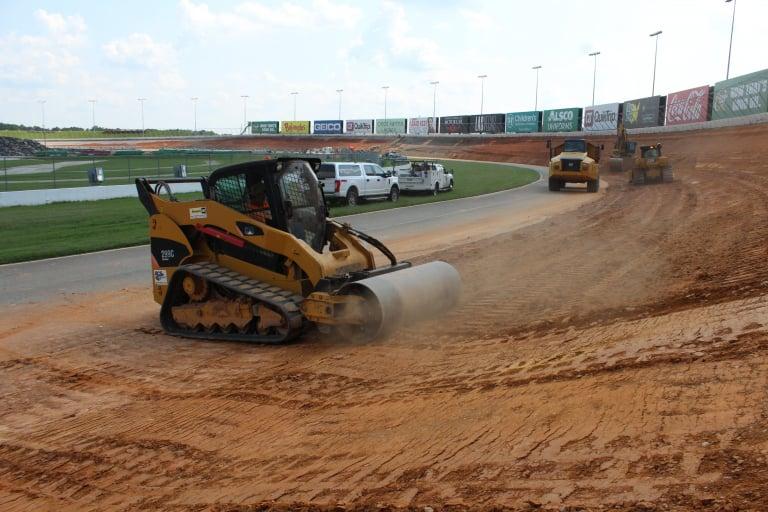 Atlanta Motor Speedway banking construction - 28 degrees