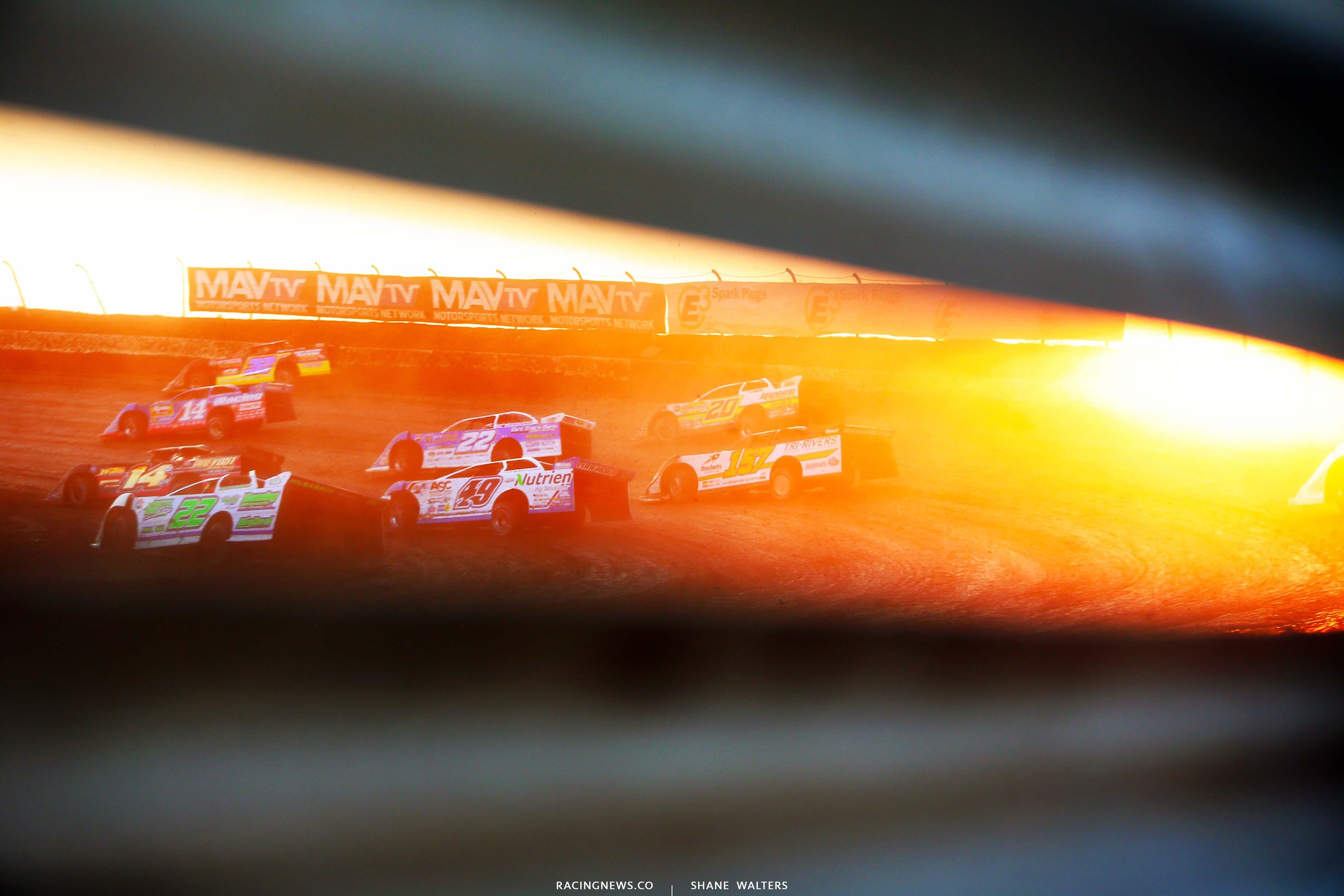 Jonathan Davenport, Mike Marlar - I-80 Speedway - Dirt Late Model Racing 8174