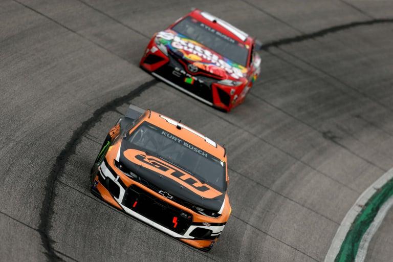 Kurt Busch, Kyle Busch - Atlanta Motor Speedway - NASCAR Cup Series