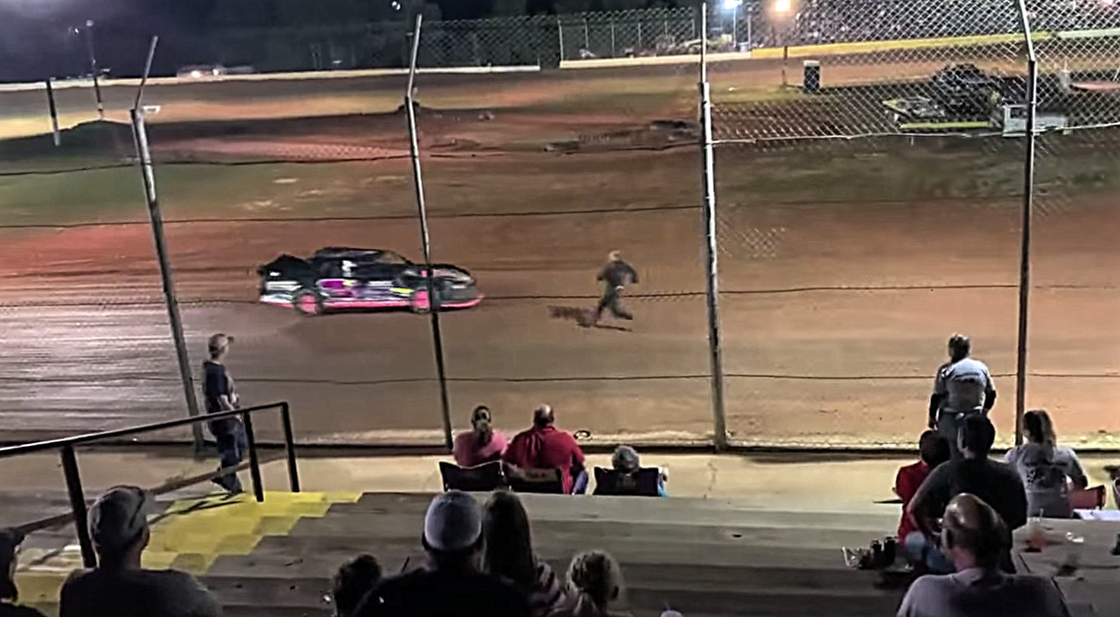 Racing driver breaks leg