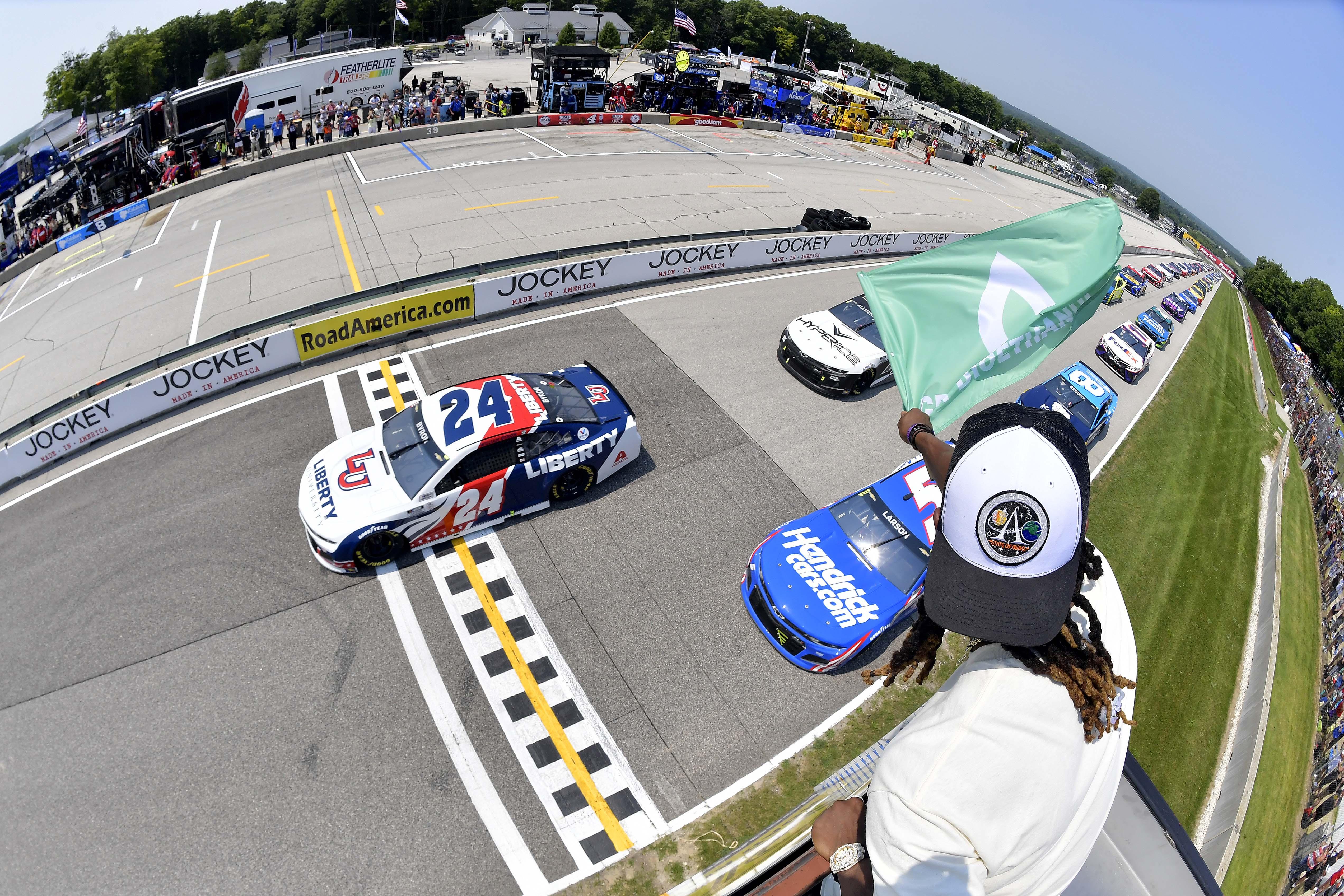 Road America - NASCAR Cup Series - Green flag