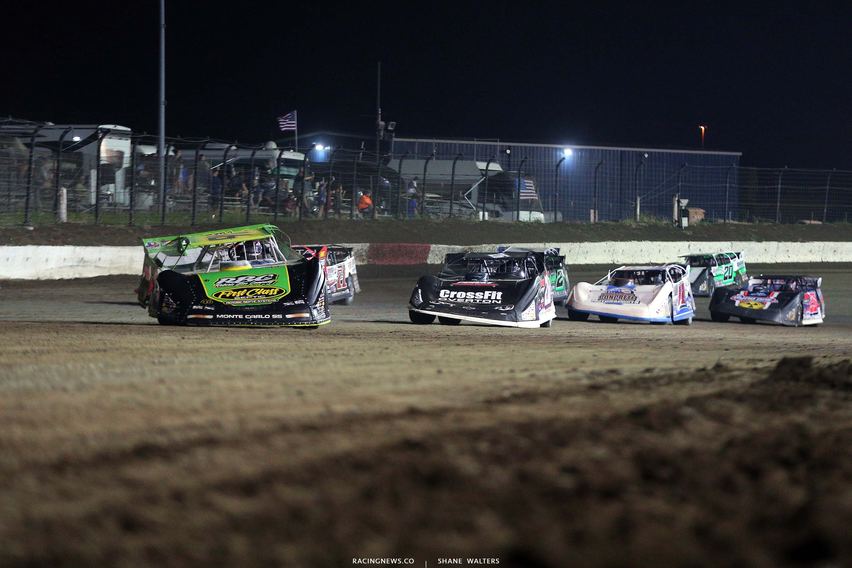 Tyler Erb and Brandon Overton - I-80 Speedway - Lucas Oil Late Models 7842