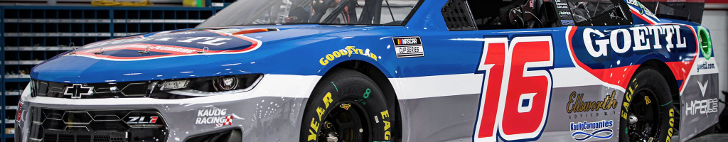 Daytana crash puts NASCAR driver in cast (Video)