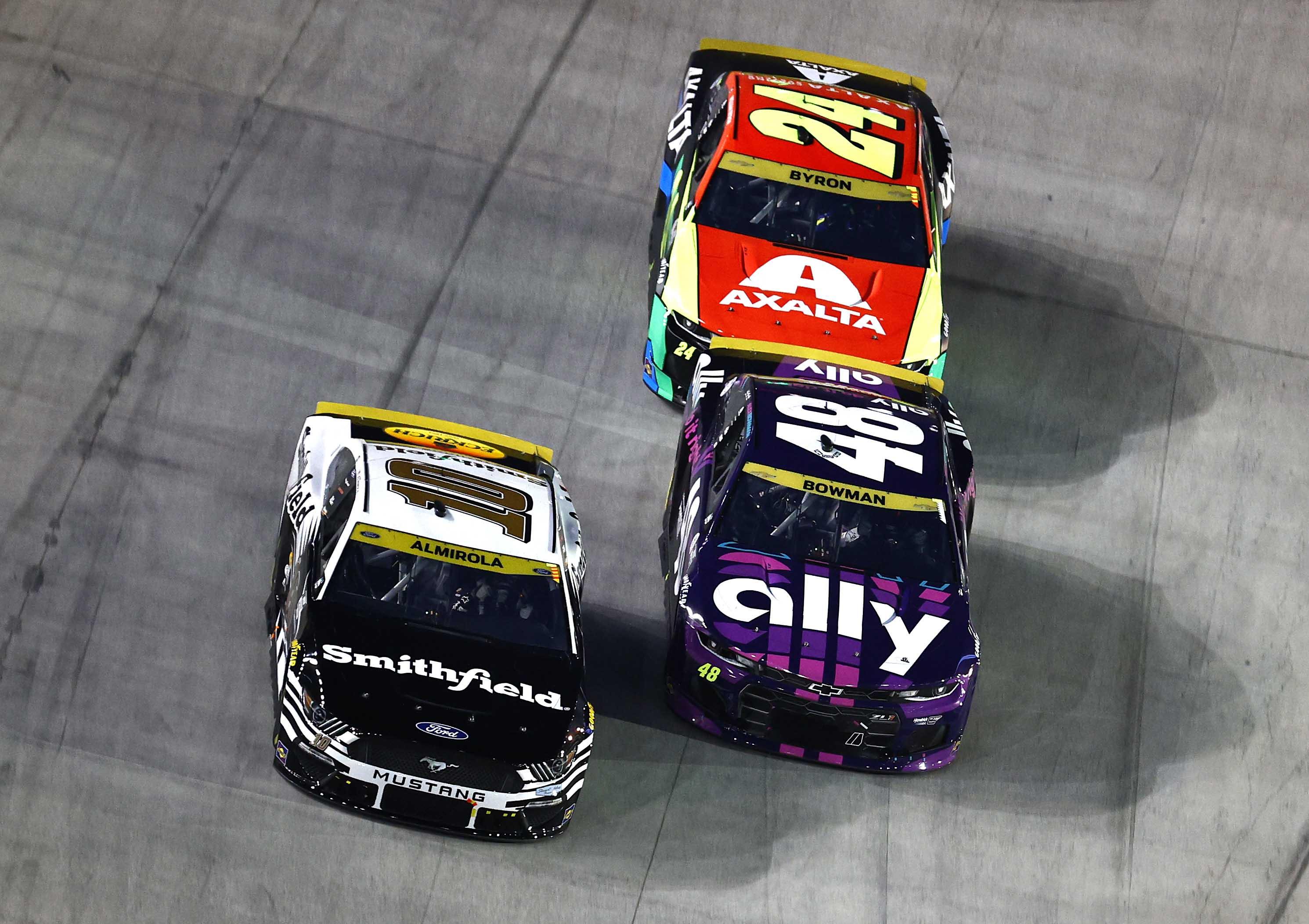 Aric Almirola, Alex Bowman, William Byron - Bristol Motor Speedway - NASCAR Cup Series