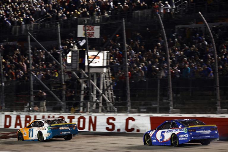 Denny Hamlin, Kyle Larson - Darlington Raceway - NASCAR Cup Series