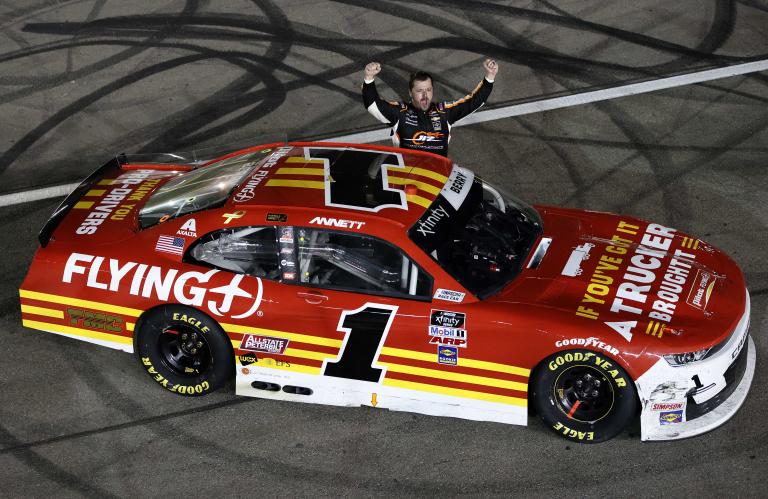 Josh Berry wins Las Vegas Motor Speedway - NASCAR Xfinity Series