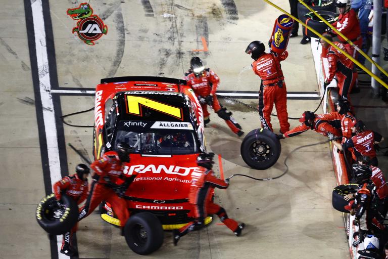 Justin Allgaier pit stop - Bristol Motor Speedway - NASCAR Xfinity Series