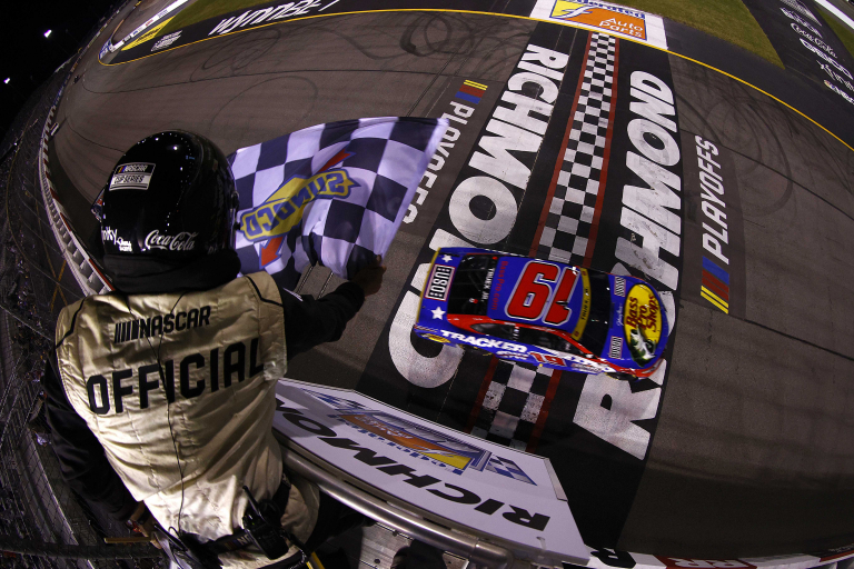 Martin Truex Jr wins Richmond Raceway - NASCAR Cup Series