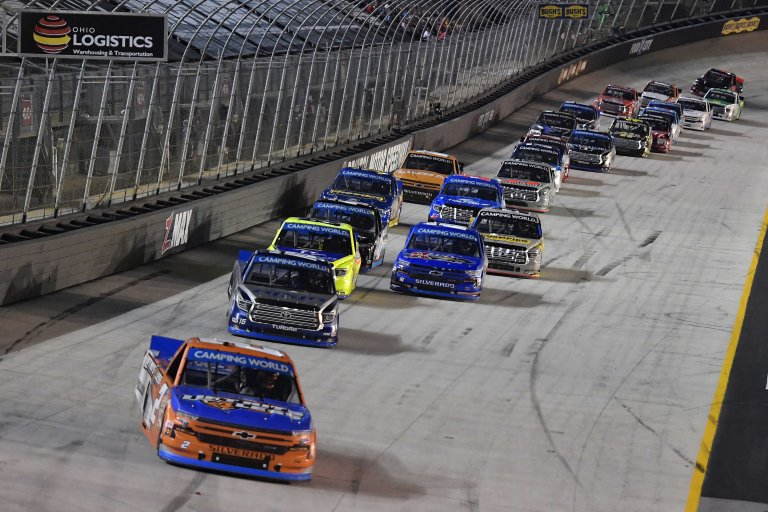 Sheldon Creed leads at Bristol Motor Speedway - NASCAR Truck Series