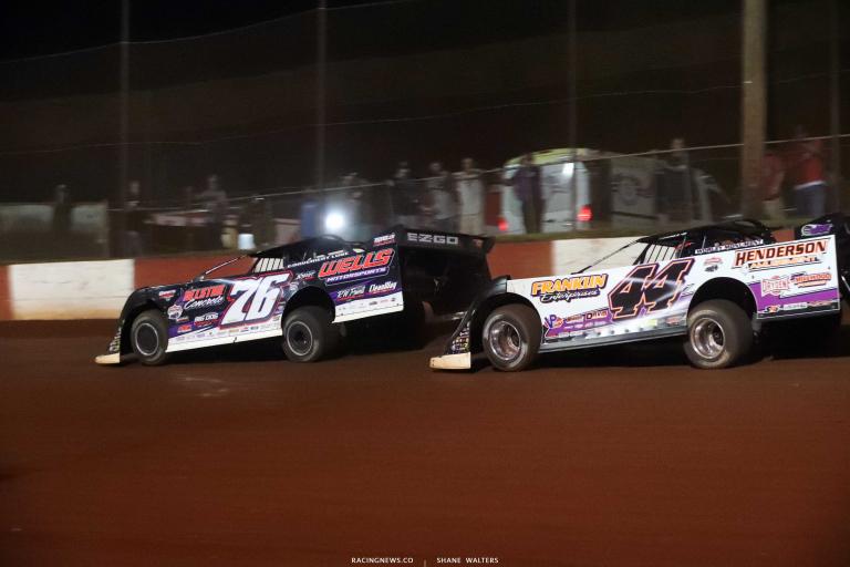 Brandon Overton, Chris Madden - Dixie Speedway - Dirt Track Racing A35I0490