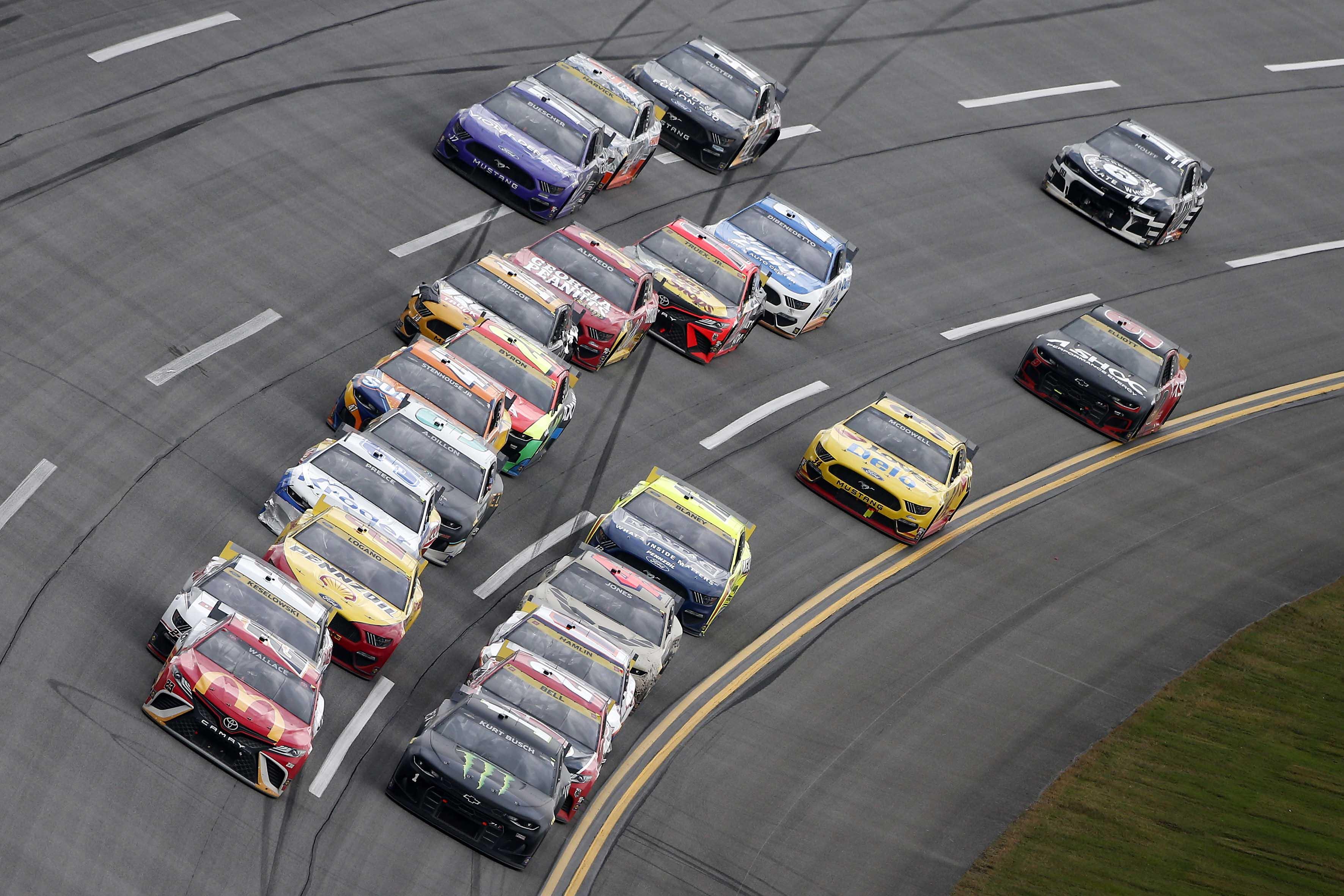 Bubba Wallace, Kurt Busch - Talladega Superspeedway - NASCAR Cup Series