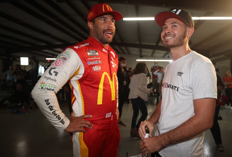 Bubba Wallace, Kyle Larson - Superspeedway de Talladega - Serie de la Copa NASCAR