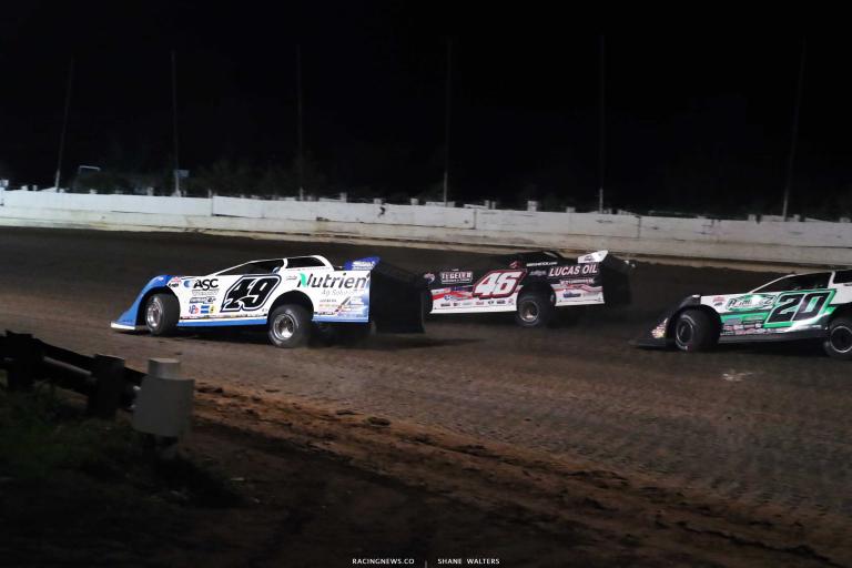 Earl Pearson Jr, Jimmy Owens, Jonathan Davenport - PA Motor Speedway - Lucas Dirt A35I0312