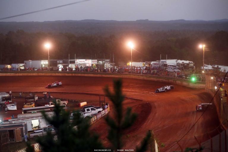 Jonathan Davenport at Rome Speedway - LOLMDS A35I0544