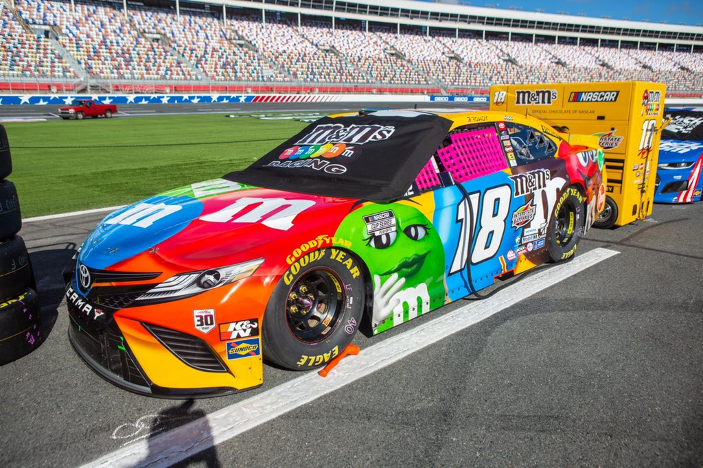 Kyle Busch - Charlotte Motor Speedway ROVAL - NASCAR Cup Series