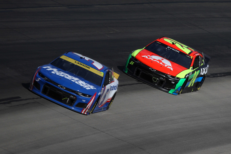 Kyle Larson, William Byron - Texas Motor Speedway - NASCAR Cup Series