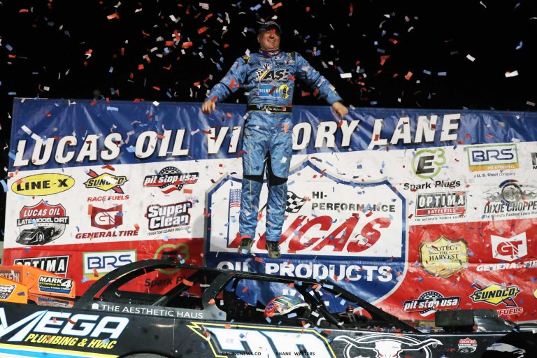 Tim McCreadie in victory lane at Raceway 7 - Lucas Oil Late Model Dirt Series A35I0153